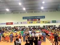 Đôi trẻ CLB bóng chuyền nữ BTL Thông tin - LienVietPostBank tham dự giải bóng chuyền Quốc tế Cup Truyền hình Vĩnh Long 2018
