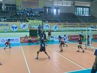 Hấp dẫn giải bóng chuyền U23 Vô địch toàn quốc, U23 BTL Thông tin-LienVietPostBank giành chiến thắng trước U23 Hà Nội